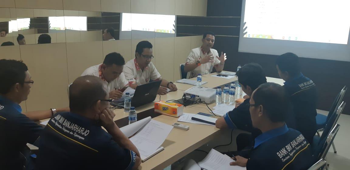 Sosialisasi Penjaminan NPL dengan BPR BKK Banjarhajo ...